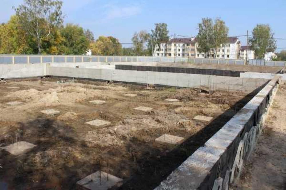В Собинке продолжается строительство бассейна