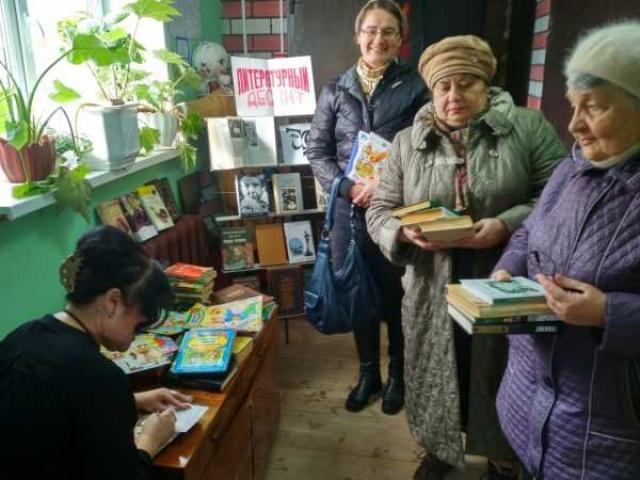 Литературный десант в Васильевке